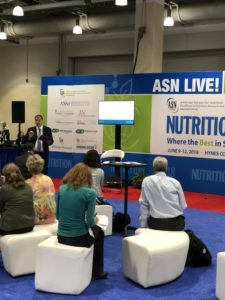 ASN Live stage at Nutrition 2018 with UNE Online